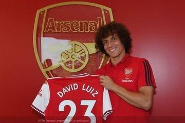 David Luiz Resmi Gabung Dengan The Gunners, Setelah Dibeli Dengan Harga 8 Juta Pondsterling